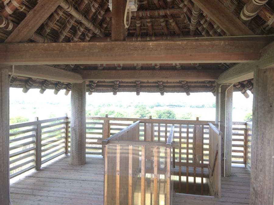 南内郭の物見櫓の内観