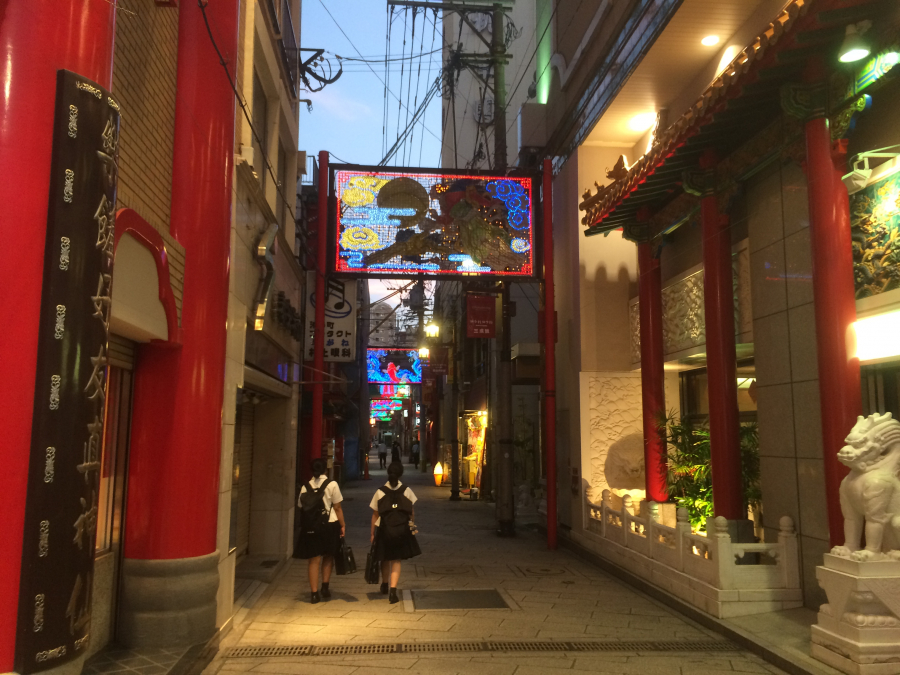 長崎新地中華街の道の様子