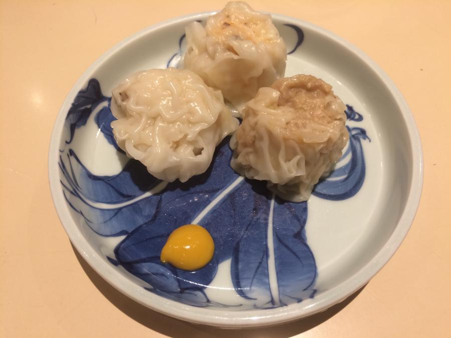 江山楼のエビ・イカ・肉のシュウマイ