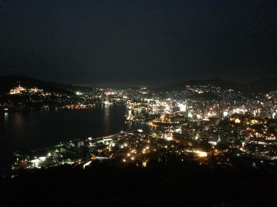 世界新三大夜景の長崎の夜景(日の入後)