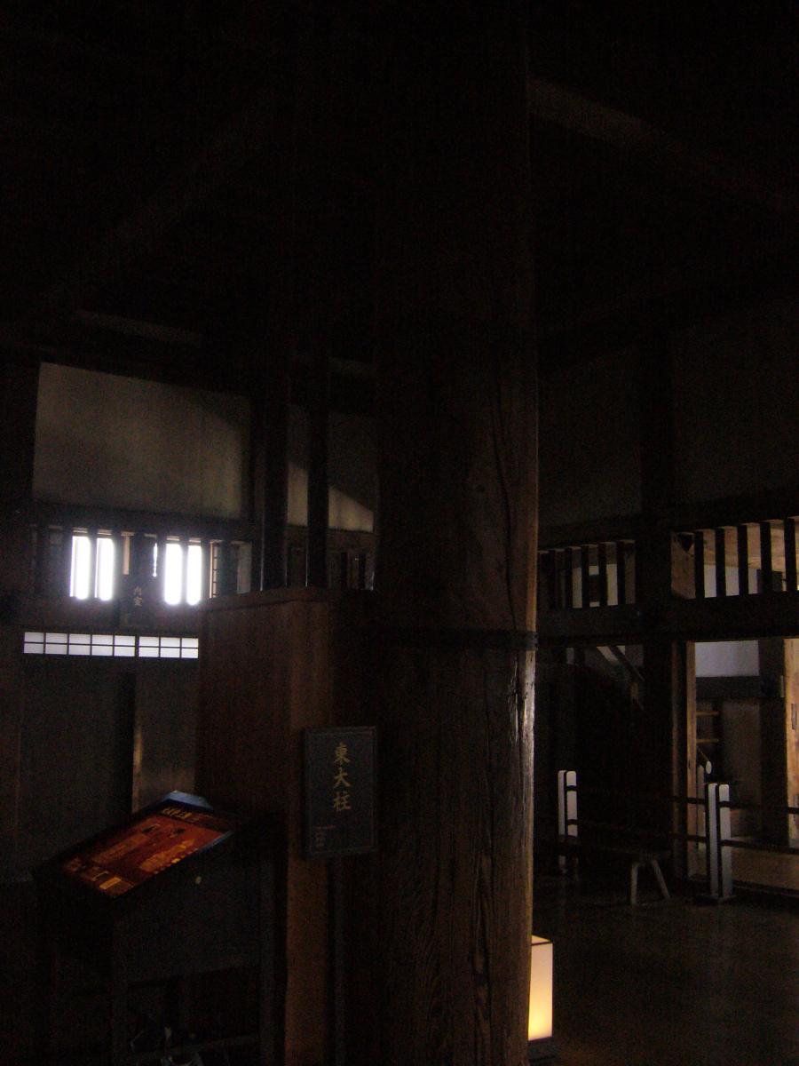 天守三階の東大柱