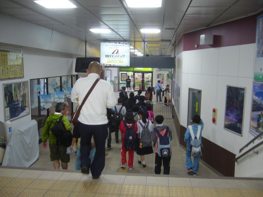本八戸駅の中の様子