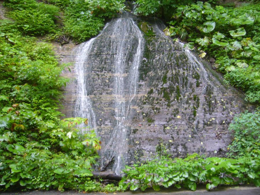 玉簾(たまだれ)の滝