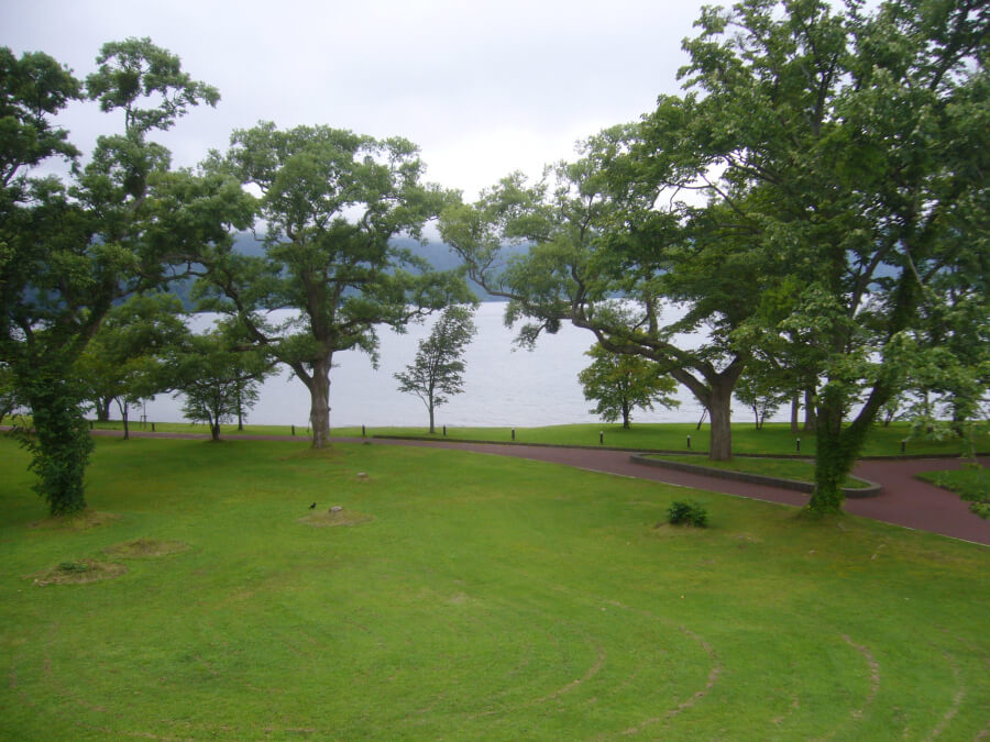 十和田ビジネスセンターからの2階から眺めた十和田湖
