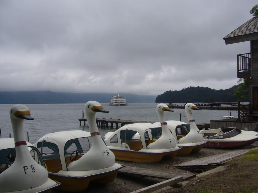 十和田湖のアヒルボート