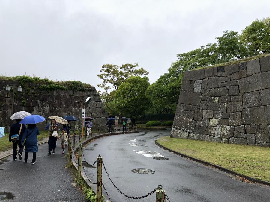 名古屋城へ向かう道