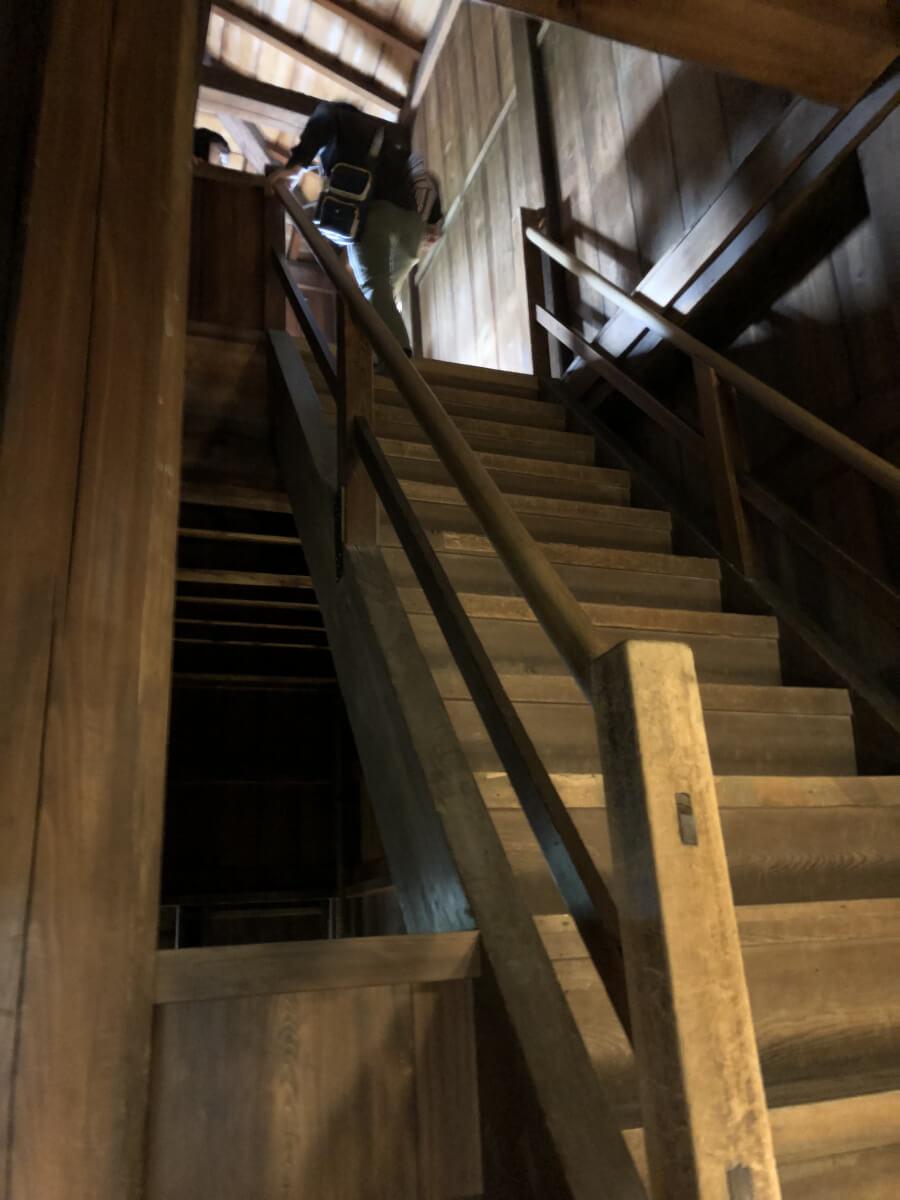 名古屋城の西南隅櫓の3階への階段