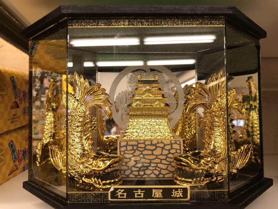 名古屋城の置物