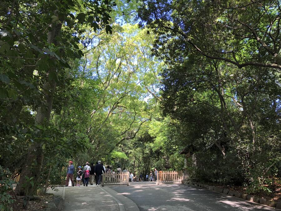 熱田神宮の通り