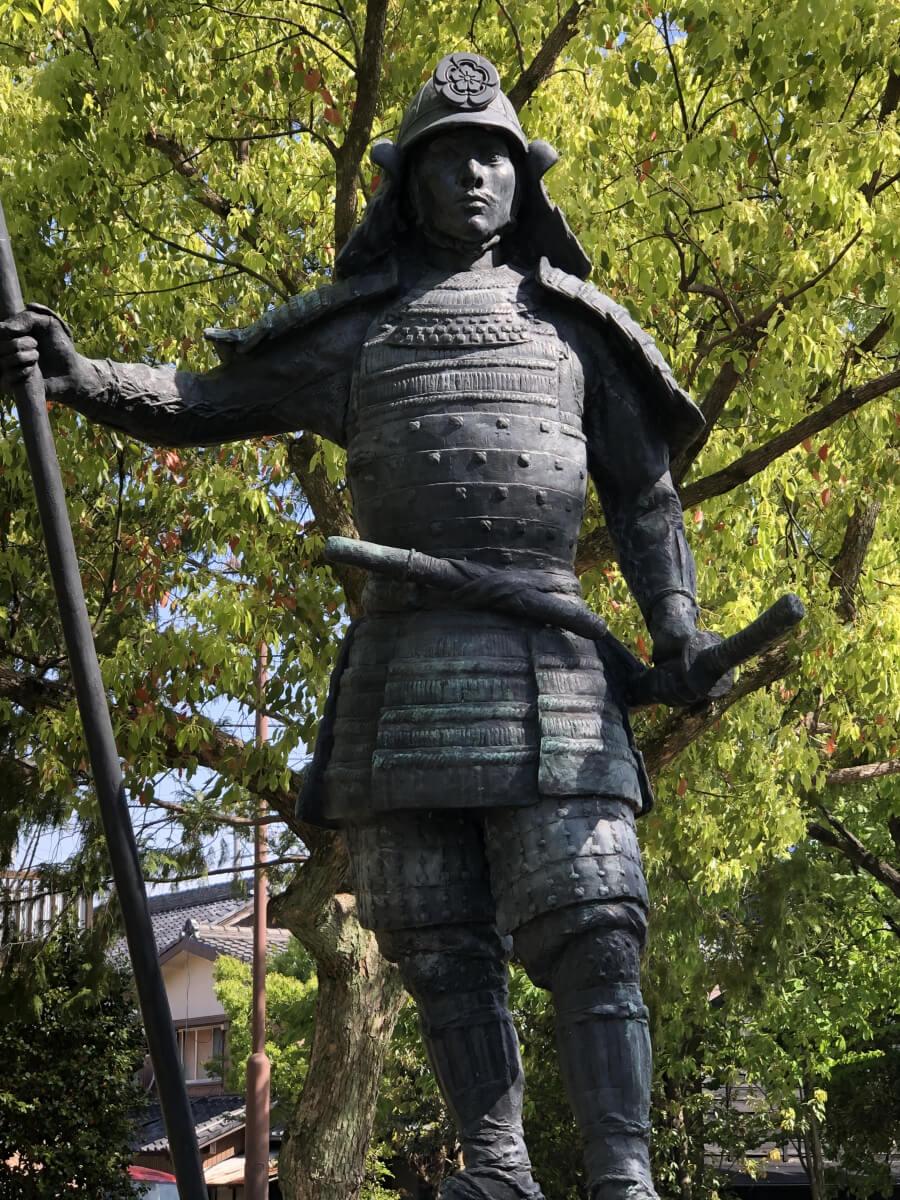 織田信長の銅像 桶狭間古戦場公園