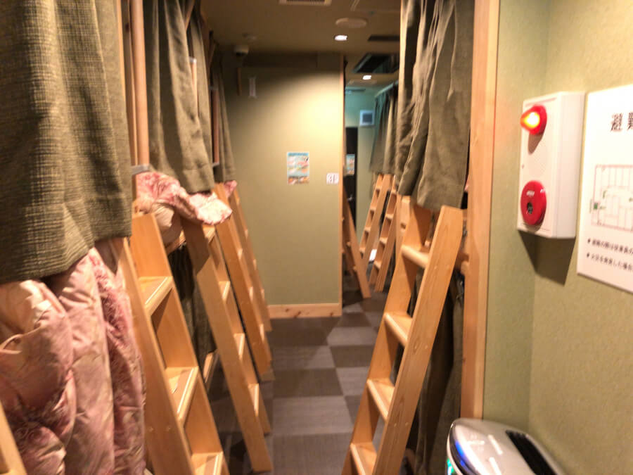 Business & Guest House わさびWASABIの3階の男性専用フロア