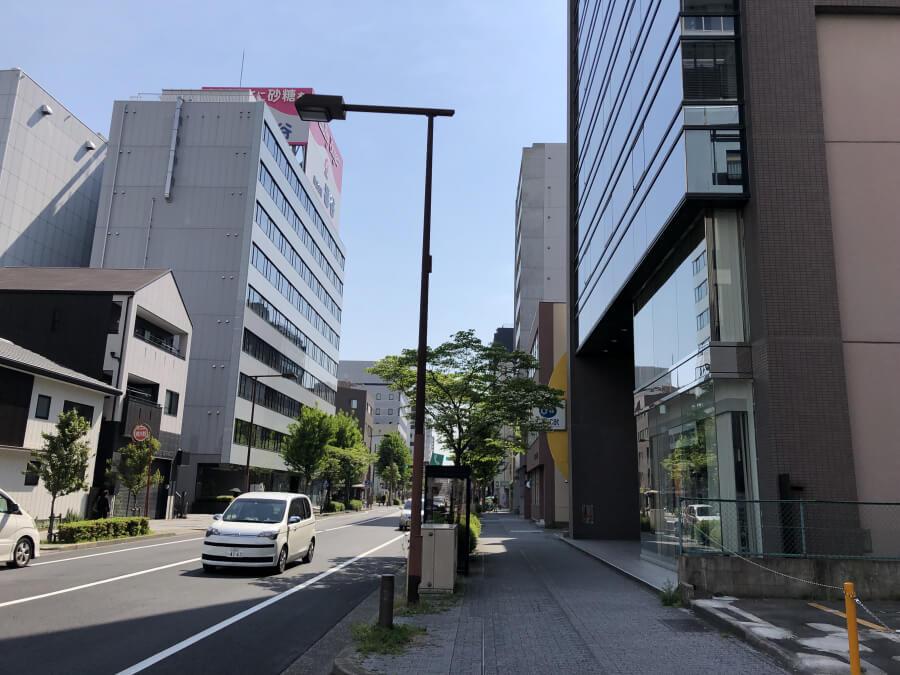 名古屋駅から伏見駅へ向かう道
