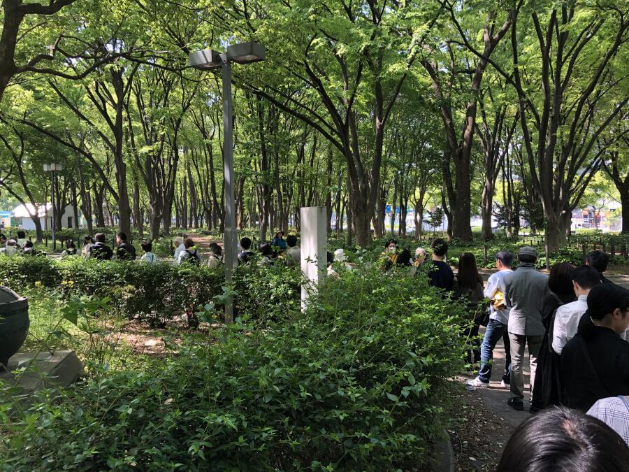 名古屋市科学館に並ぶ人の行列
