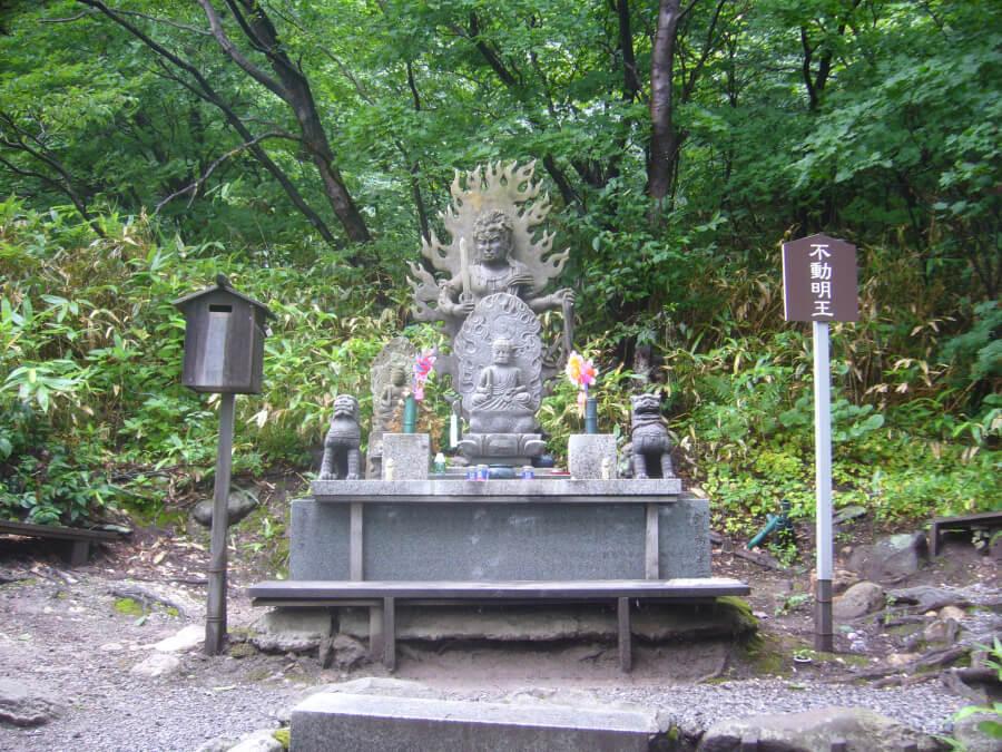 恐山の仏像