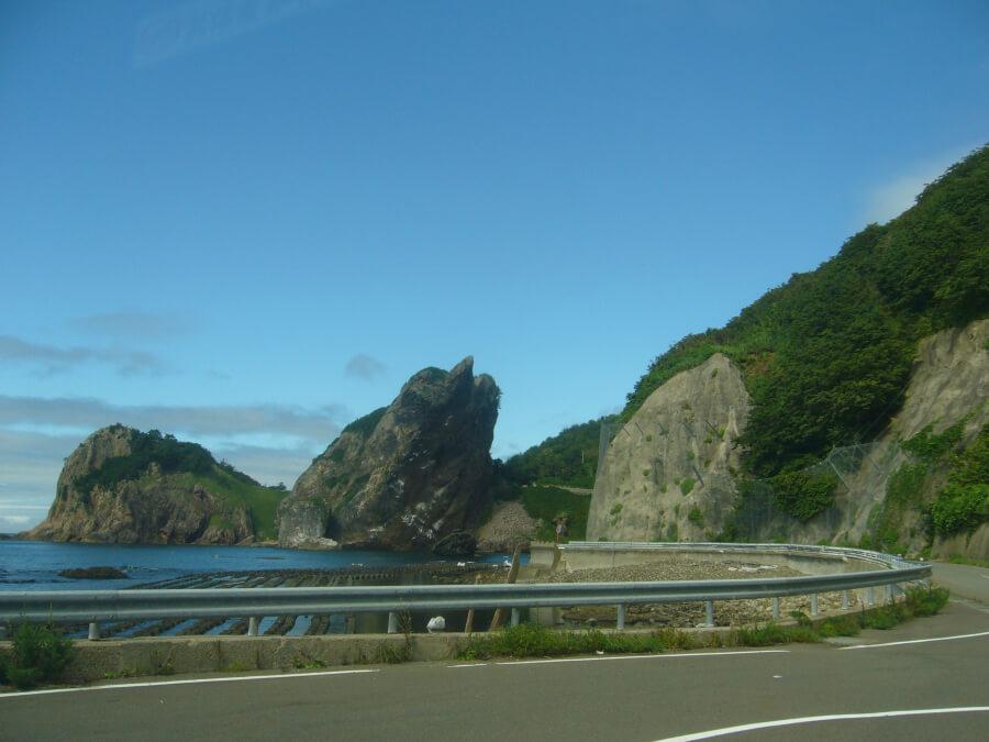 仏ヶ浦から大間へ続く道路